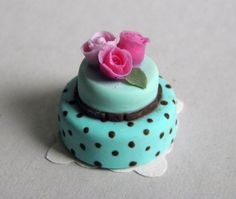Alice in Wonderland Cake - Dollhouse Miniature in 1:12 scale. €25.00, via Etsy.