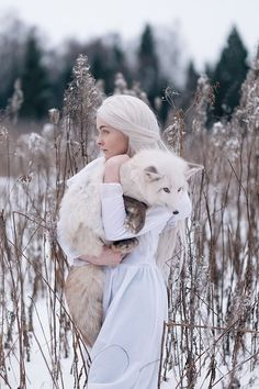 with the white wolf (by Olga Barantseva) Wolf Photography, Fantasy Photography, Beautiful Creatures, Animals Beautiful, Cute Animals, Foto Fantasy, Fantasy Art, Art Fox, Fox Girl
