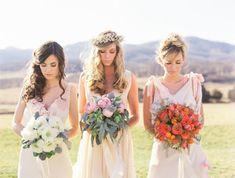 \花嫁もゲストも必見/海外のブライズメイドの髪型がナチュラル可愛くて真似したい♡にて紹介している画像