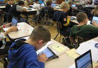 Una ventaja de la nueva tecnología es que se puede aprender digitalmente en la clase.