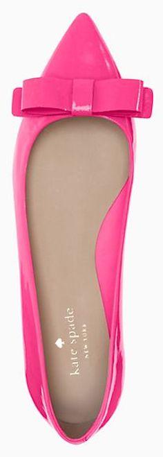 pretty Kate Spade pointy toe pumps http://rstyle.me/n/j8rrhr9te