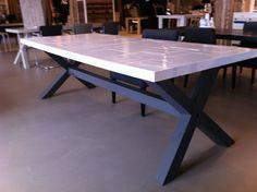 Sloophout tafel met industrielool