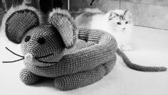 Crochet Pattern  Mouse Pet bed Cat or Dog by carolrosa on Etsy, $3.80