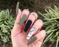 Acrylic Nails Coffin Short, Simple Acrylic Nails, Summer Acrylic Nails, Best Acrylic Nails, Acrylic Nails Green, Matte Green Nails, Marble Acrylic Nails, Simple Stiletto Nails, Coffin Nails Matte
