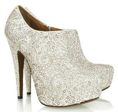Best wedding shoes for winter brides - Boston Shoes   Examiner.com