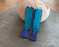 Freue mich, euch diesen Artikel aus meinem Shop bei #etsy vorzustellen: Rechteckige Ohrringe in Blau und Türkis, blaue Ohrringe, lange Ohrringe Shops, Etsy, Blue Earrings, Handarbeit, Tents, Retail, Retail Stores
