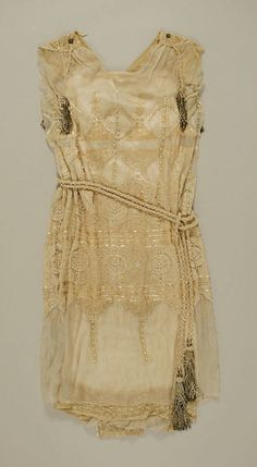 Wedding Dress    1919    The Metropolitan Museum of Art