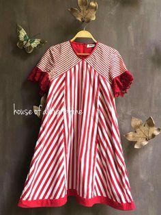 Batik Kebaya, Batik Dress, Short African Dresses, Dress Hairstyles, Dress Tutorials, Blouse And Skirt, Stripes Fashion, Dress Picture, Kurta Designs