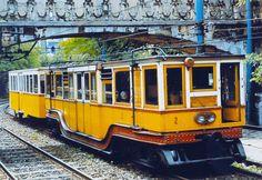 Public Architecture, Light Rail, Public Transport, Locomotive, Vintage Ads, Hungary, Budapest, Past, Transportation