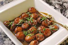Antipasti – marinierte Champignons Antipasti – marinated mushrooms from FrlM Healthy Appetizers, Appetizers For Party, Appetizer Recipes, Marinated Mushrooms, Stuffed Mushrooms, Healthy Eating Tips, Healthy Recipes, Le Diner, Vegetable Drinks