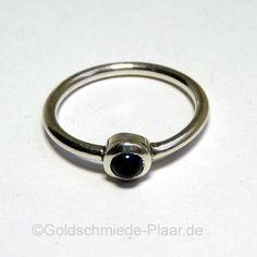 Silber-Ring mit Iolith. Handmade, Handarbeit