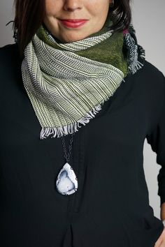 three ways to wear a necklace with a scarf 2019 fall winter style: how to wear a long necklace with a scarf The post three ways to wear a necklace with a scarf 2019 appeared first on Scarves Diy. Cozy Winter Fashion, Autumn Fashion, Spring Scarves, Diy Scarf, Winter Style, Fall Winter, Confident Woman, How To Wear Scarves, Long Scarf