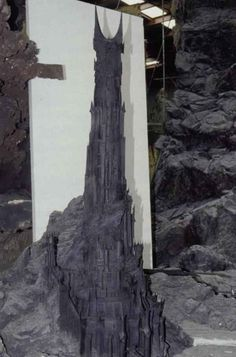 Barad-dûr - Lord of the Rings | 24 Famous Miniature Movie Sets That Will Blow Your Mind