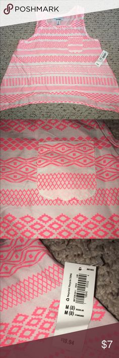 NWT Girls Sz 8 old navy tank NWT Girls Sz 8 old navy tank Old Navy Shirts & Tops Tank Tops