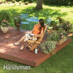 Backyard Decks: Build an Island Deck Built with composite decking and hidden fasteners, this maintenance-free backyard deck is designed to go together fast and to fit in anywhere in the yard, without footings or ledger boards.