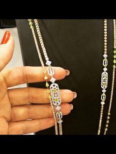 N Diamond Necklace Set, Diamond Jewelry, Unusual Jewelry, Jewellery Designs, Indian Designer Wear, Jewelery, Vintage Jewelry, Diamonds, Fabrics