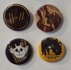 Set of 4 Button Badges. Size: 25 cm (1 inch). Button Badge, Twenty One Pilots, Badges, Buttons, Badge, Knots, Lapel Pins, Plugs