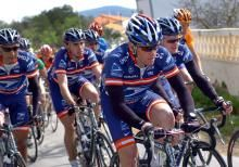 Armstrong reaches settlement with insurance company
