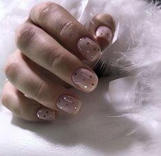 Nail art Christmas - the festive spirit on the nails. Over 70 creative ideas and tutorials - My Nails Nude Nails, Nail Manicure, Nail Polish, Coffin Nails, Cute Nail Art Designs, Classy Nails, Stylish Nails, Gorgeous Nails, Pretty Nails