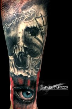 Skull & Catrina Trash realistic Eye Tattoo by Rafael Fabozzo Realistic Eye Tattoo, Eagle Tattoos, Color Tattoo, Skull, Eyes, Portrait, Colors, Headshot Photography, Portrait Paintings