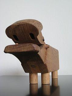 Sunday, September 26, 2010  Kay Bojesen Oak Hippo
