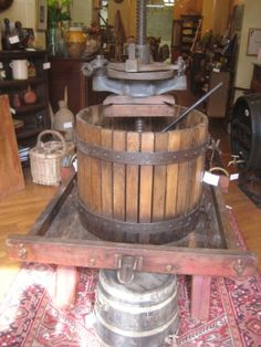 Large Grape Press (2129038)
