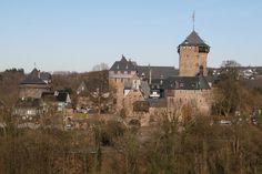 Schloss Burg an Der Wupper @ Solingen - 1.23 hr from Daniken.