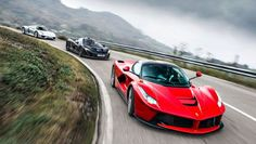 World exclusive: McLaren vs Porsche 918 Spyder vs LaFerrari Porsche 918, Mclaren P1, Top Gear, Hamilton, Ferrari Laferrari, Auto News, All Cars, Cars And Motorcycles, Super Cars