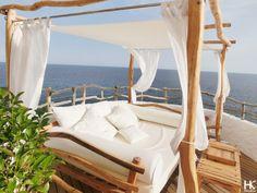 Hotspot: Cova d'en Xoroi | Menorca | www.HolaKim.com