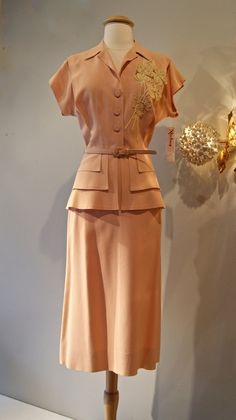40s Suit // Vintage 1940s Peach Peplum Suit with by xtabayvintage, $198.00