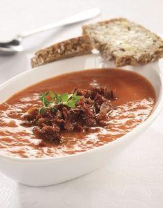 Tomatsuppe med soltørket tomat | www.greteroede.no | Oppskrifter | www.greteroede.no Food Plan, Meal Planning, Chili, Soup, Salad, Beef, Drink, Vegetables, Recipes
