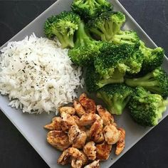 Quick Healthy Breakfast Ideas for Your Busy Morning - NSNETWORK - Repas sains - Healthy recipes easy Quick Healthy Breakfast, Healthy Meal Prep, Healthy Drinks, Healthy Recipes, Keto Recipes, Recipes Dinner, Lunch Recipes, Simple Lunch Ideas, Drink Recipes