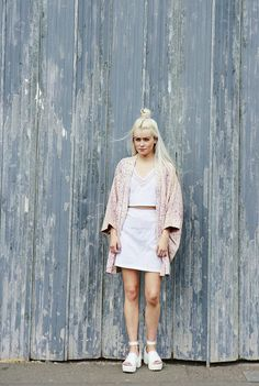 The Haori pink kimono jacket is exquisitely patterned, the floral print makes this a truly unique piece.