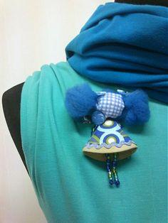 maramanufaktura / brošňa mini MARA /modrozelená/