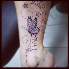 This is my ankle tattoo, butterflies and stars lynn tatoveringer. Butterfly Name Tattoo, Butterfly Tattoos For Women, Cute Tattoos For Women, Butterfly Tattoo Designs, Star Butterfly, Butterfly Design, Sweet Tattoos, Pretty Tattoos, Beautiful Tattoos