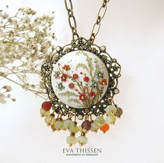 The English Garden handmade necklace by Eva Thissen Gallery, via Flickr...so detailed and very pretty!