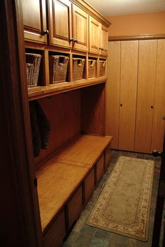 Prairie Heritage Cabinetry   Sioux Falls, SD Beautifully Organized Entry  Features Bench Seating, Coat