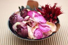 Como fazer pot-pourri de flores secas