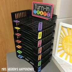 """""""Turn-In Trays"""" keep completed work organized! - Labels on TpT - Trays from Staples {Mrs. Heeren's Happenings} Classroom Organization """"Turn-In Trays"""" keep completed work organized! - Labels on TpT - Trays from Staples {Mrs. Middle School Classroom, New Classroom, Classroom Setting, Classroom Design, 4th Grade Classroom Setup, Highschool Classroom Decor, Bulletin Board Ideas Middle School, Creative Classroom Ideas, Bulletin Boards"""