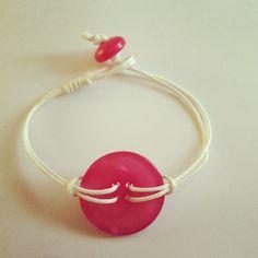 Armbandje roze knoop