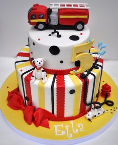 awesome fire truck fondant cakes diy red yellow white cake dalmation