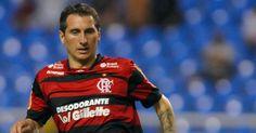 O charme portenho é a principal característica de Bottinelli, meia do Flamengo, e um dos queridinhos das torcedoras do time da Gávea