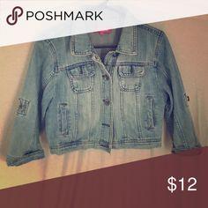Jean jacket Mid drift light denim jacket worn a handful of times Jackets & Coats Jean Jackets