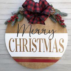 Wooden Door Signs, Diy Wood Signs, Wooden Door Hangers, Wooden Plaques, Christmas Signs Wood, Christmas Wreaths, Christmas Crafts, Christmas Door Hangers, Christmas Ideas
