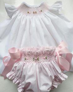 Best 12 Baby girl dress handmade smocked dress perfect for first Smocked Baby Clothes, Smocked Dresses, Smocking Baby, Smocking Patterns, Fashion Kids, Baby Girl Fashion, Baby Girl Dress Patterns, Little Girl Dresses, Flower Girl Dresses