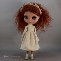 Sweet Ivory Dress Set for Blythe. $45.00, via Etsy.