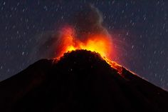 Lava + Ash + Lightning = the Perfect Volcano Photo | Colima Volcano, 2013 | Credit: Sergio Tapiro | From Wired.com