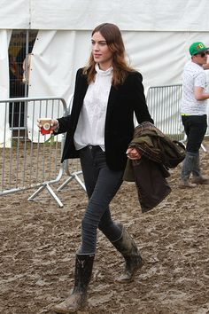 Glastonbury Festival 2014 - Celebrity sightings and atmosphere - Day 3