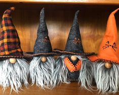 New PLAID Witches & warlocks gnomes nisse tomte image 0 Clay Christmas Decorations, Christmas Gnome, Halloween Decorations, Fall Halloween, Halloween Crafts, Stylish Beards, Gnome Tutorial, Gnome Hat, Gnome Ornaments