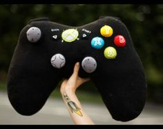 Xbox 360 controller pillow!! yes please